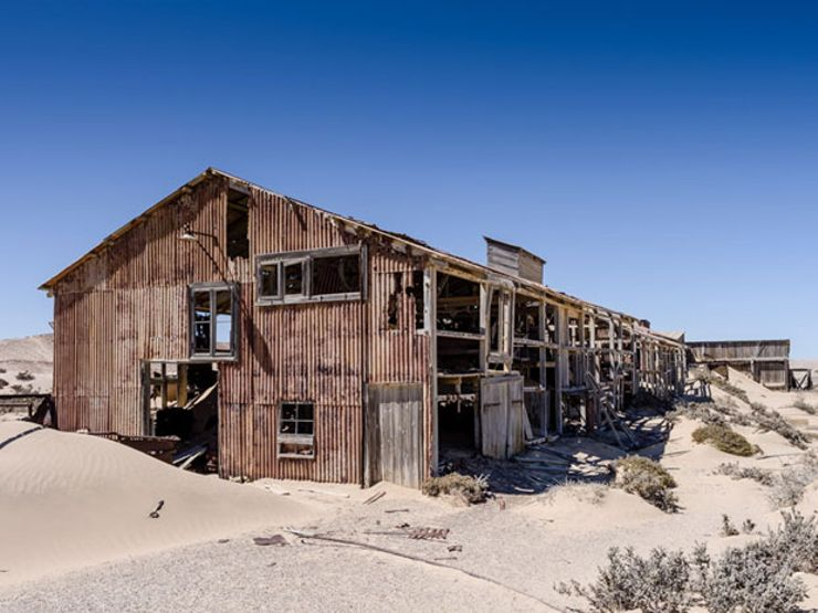 ghost towns pomona