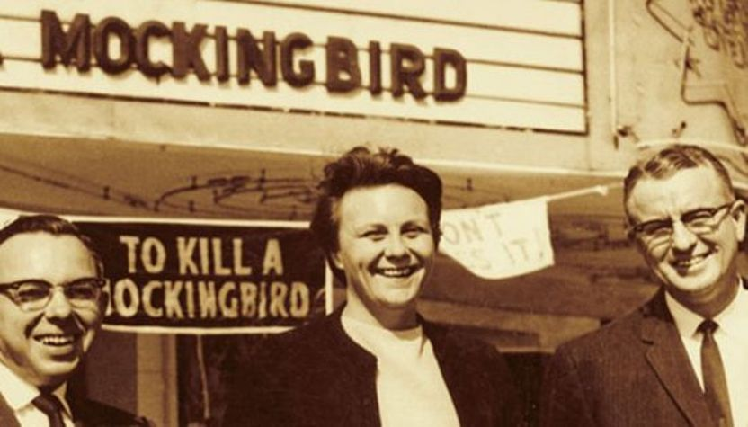 school_district_in_mississippi_bans_to_kill_a_mockingbird