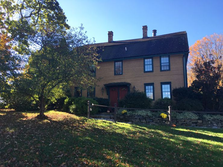 Shut in with Spirits: A Night at Captain Grant's 1754 Haunted Inn