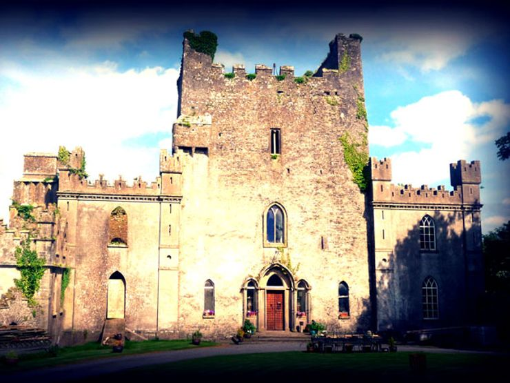 The Blood-Soaked History of Ireland's Leap Castle