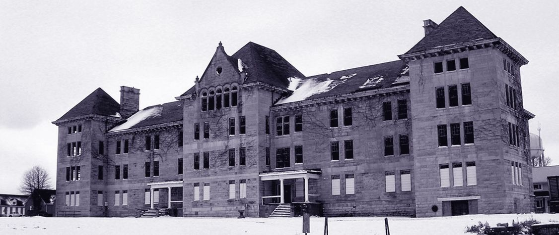 The Wailing Elm of Peoria State Hospital
