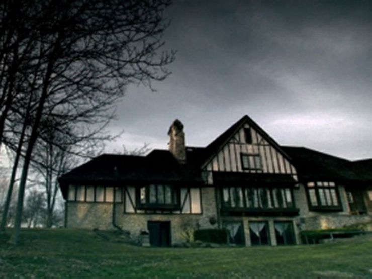 haunted-horror-house-fox-hollow-farm