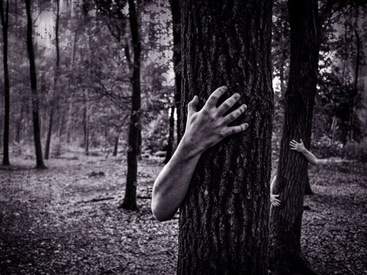 25 Terrifying Short Scary Stories Told in Just Six Words