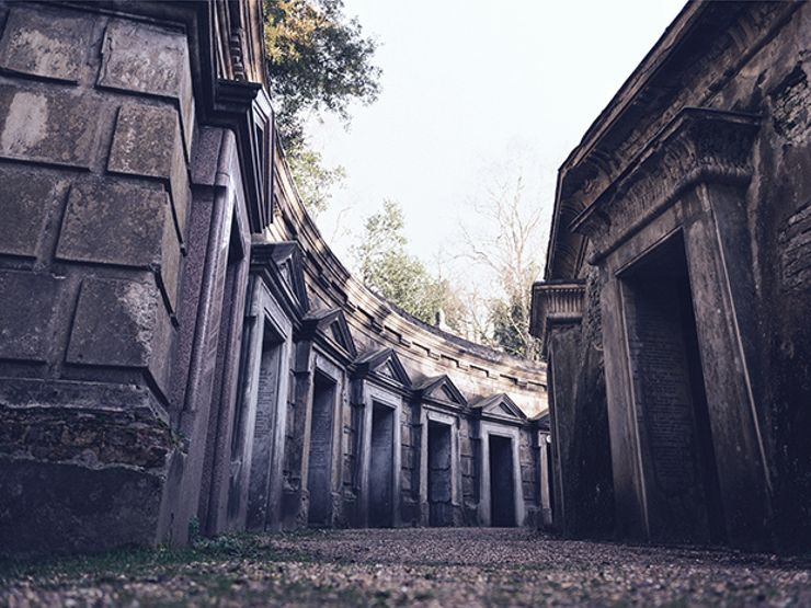 haunted london highgate cemetery
