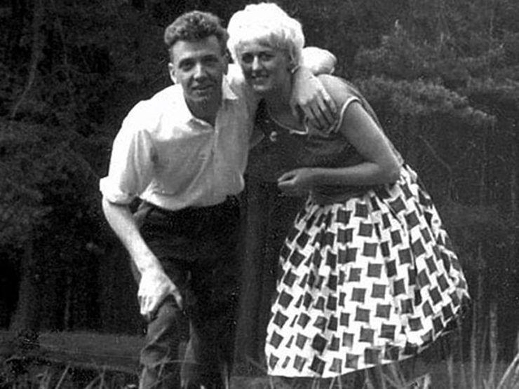 Myra Hindley & Ian Brady: The Moors Murderers