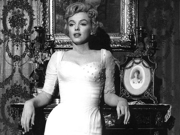 Conversations with Dead People: Contacting Marilyn Monroe