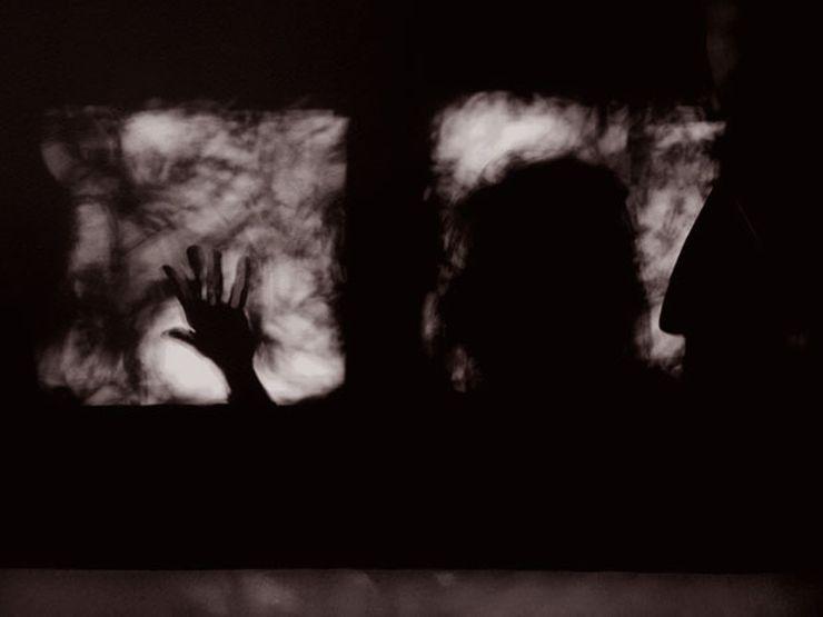 ufo encounter shadows
