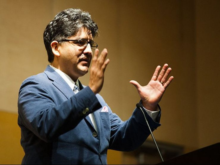 9 Reasons to Follow Author Sherman Alexie on Twitter