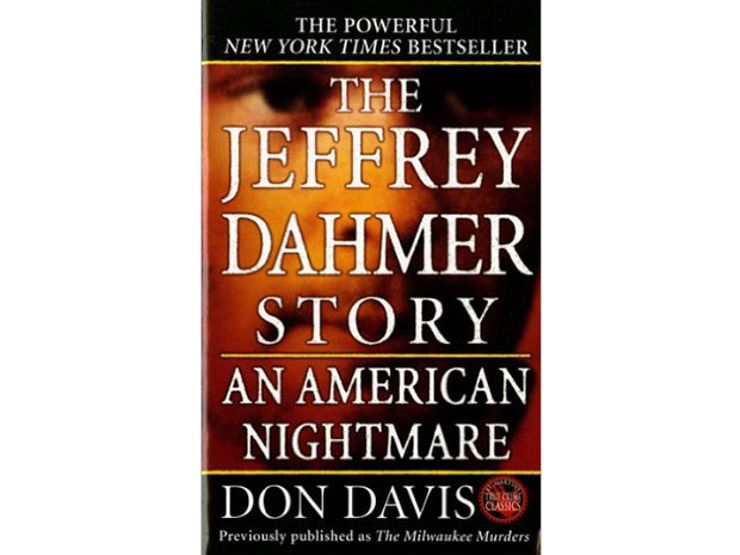 serial killer books jeffrey dahmer story