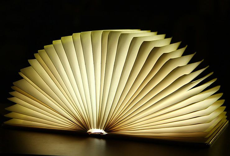 gifts for book lovers Booklight