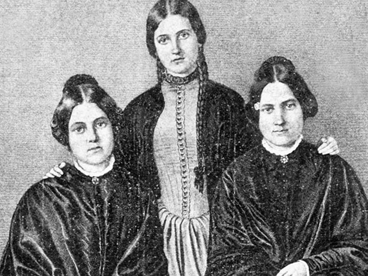 American Seance: The Strange Visions of the Fox Sisters