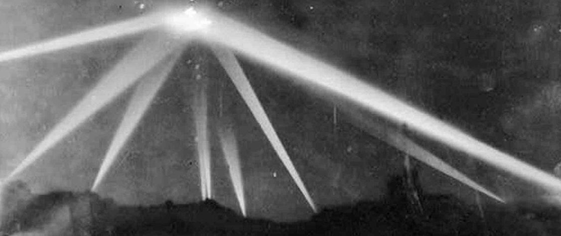 That Time Los Angeles Fought off an Imaginary Japanese Bombing Raid