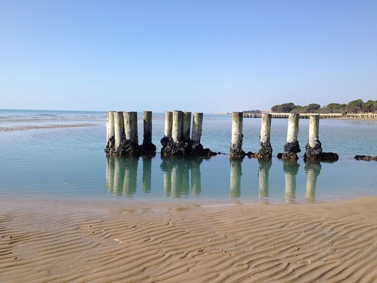 romantic beach getaways Bibione Italy