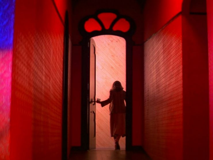 smart horror movies suspiria