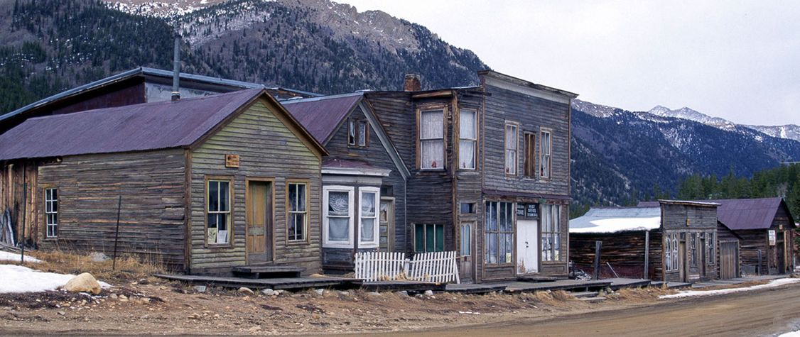 9 Strange and Mysterious Ghost Towns to Visit—If You Dare