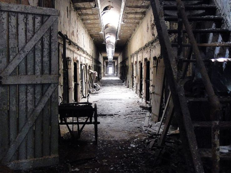 haunted places eastern state penitentiary