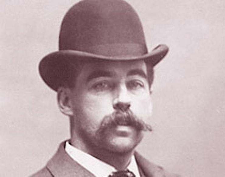 Here's Who's Buried In the Grave of H.H. Holmes