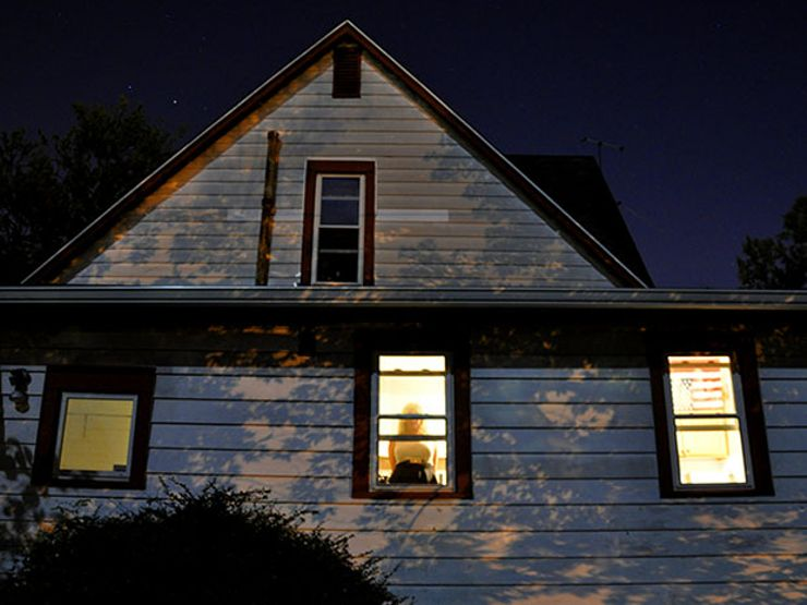 7 Signs Your House Might Be Haunted