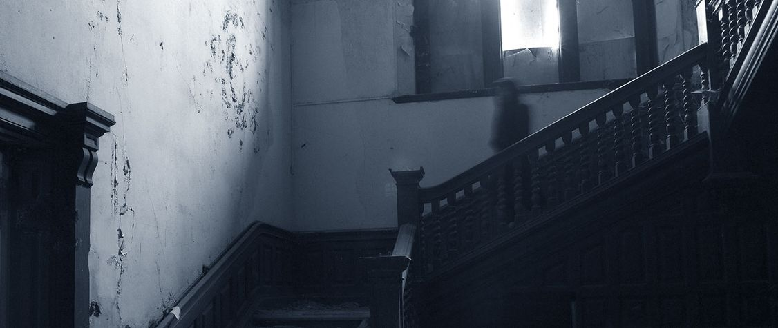 11 People Recount Their Creepiest, Unexplainable Paranormal Experiences