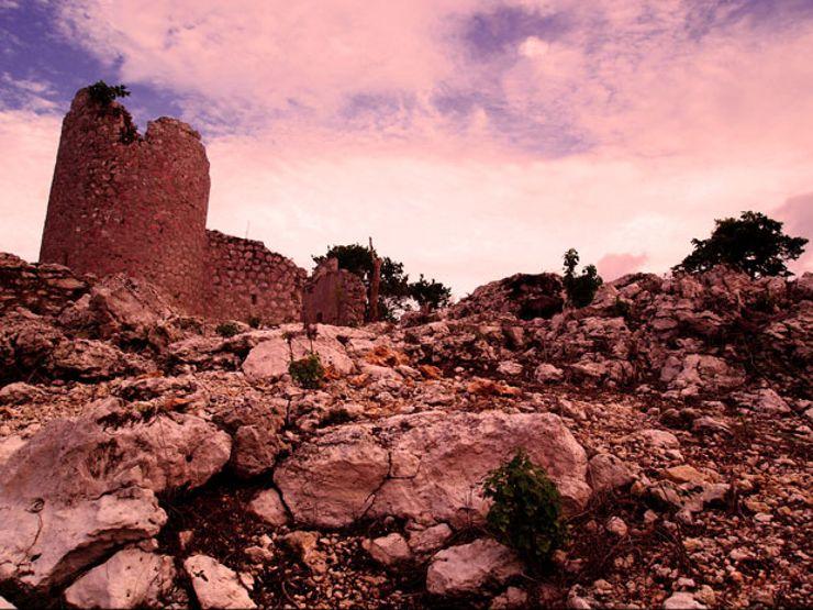 edinburgh castle lewis hutchinson