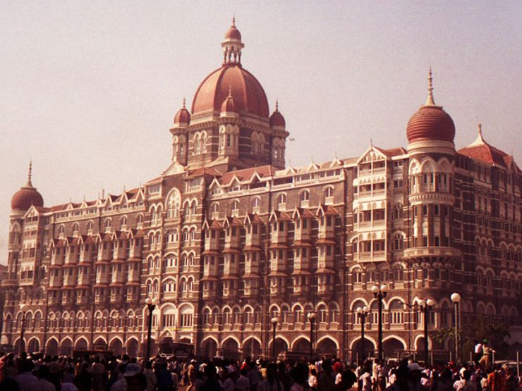taj mahal hotel haunted hotels