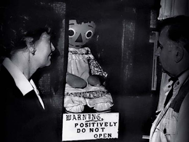 The True Conjuring: 5 Paranormal Cases Investigated by Ed And ...