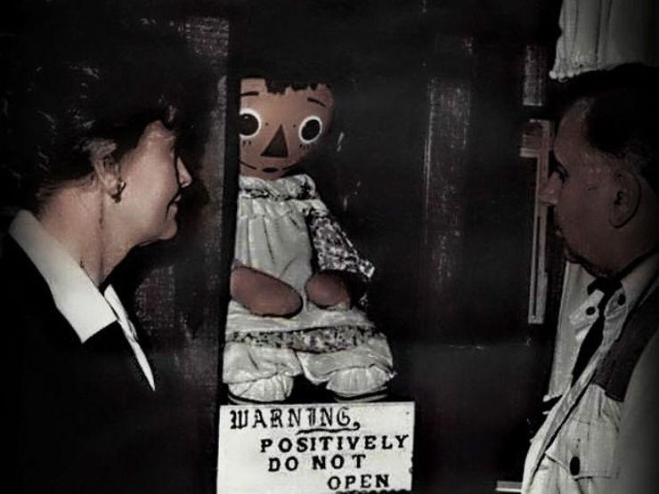 weird creepy museums