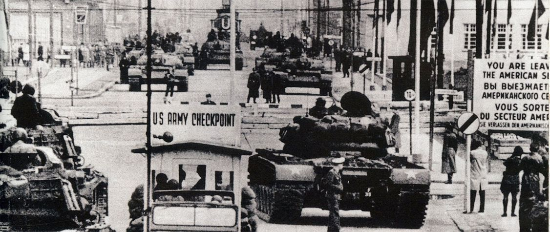 Checkpoint Charlie: That Time American and Soviet Tanks Faced Off in a Divided Berlin