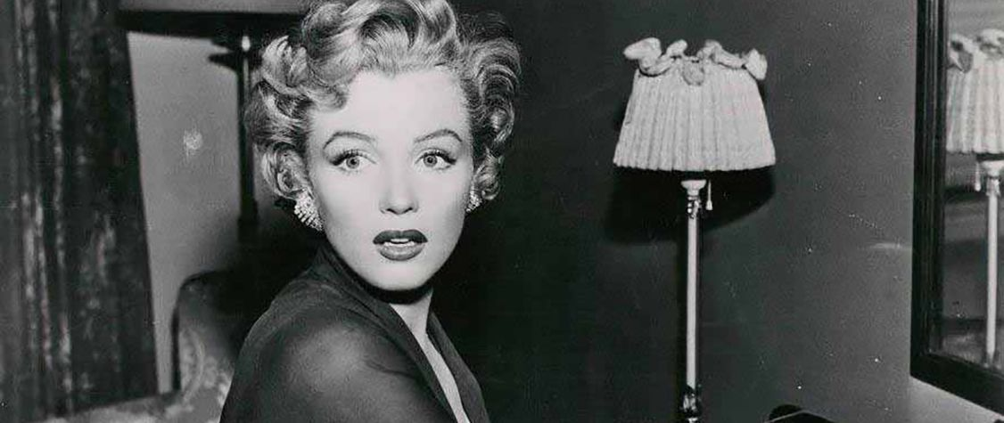 marilyn monroe death thesis statement Controversy of marilyn monroe's death essaysin the early hours of august 5,  1962, marilyn monroe's body was found with a bottle of sleeping pills by her side, .