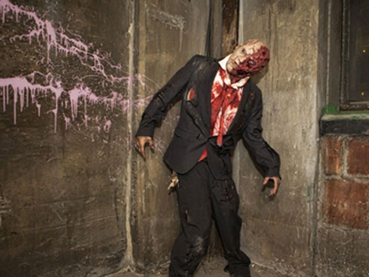 best haunted houses blood manor