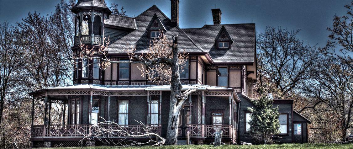 The Bloody History of Staten Island's Haunted Kreischer Mansion