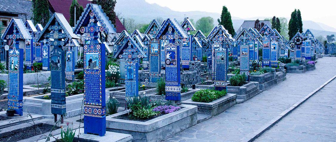 7 Amazing Cemeteries to Visit Before You Die