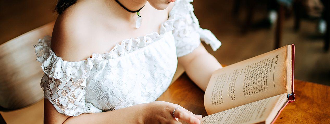 8 YA Books We Can't Put Down