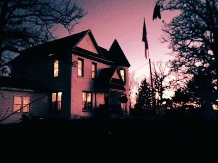 8 Haunted Places You Can Actually Rent on Airbnb