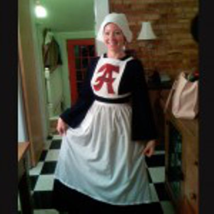 Hester Prynne  sc 1 st  Early Bird Books & 12 Best Halloween Costumes for Book Nerds