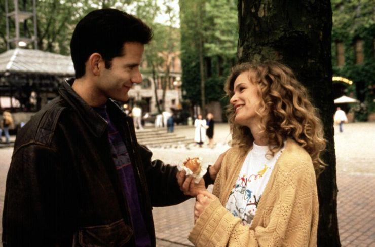 romantic comedies 90s Singles
