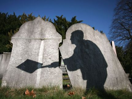 9 Strange Graves from Around the World