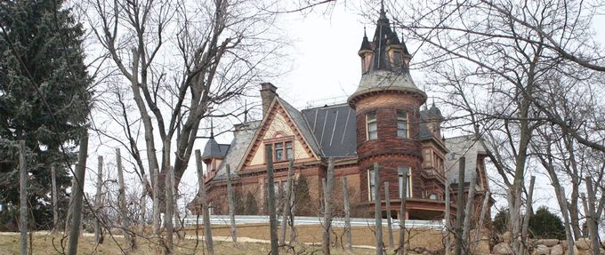 10 Most Haunted Places in Michigan