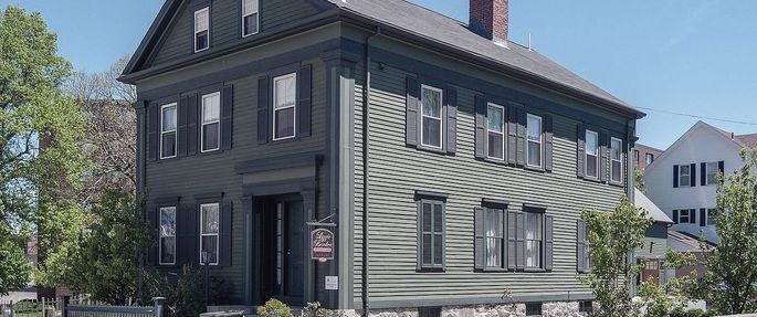 lizzie-borden-house-for-sale