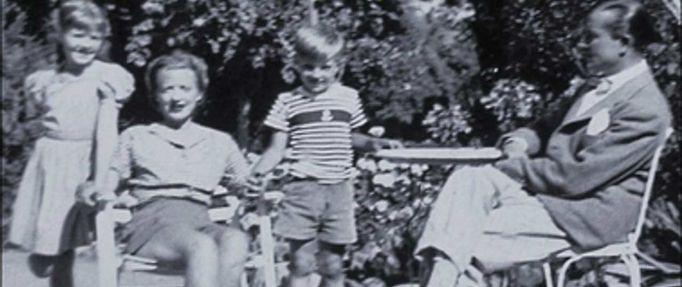 Image of the Bosworth-Crum family; Patricia Bosworth books