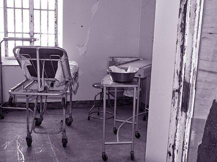 PHOTO TOUR: The Trans-Allegheny Lunatic Asylum's Corridors