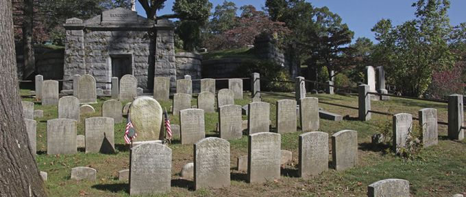 best cemetery tours
