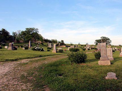 haunted graveyards stull cemetery