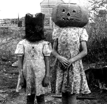 Weird Vintage Halloween Photos 11