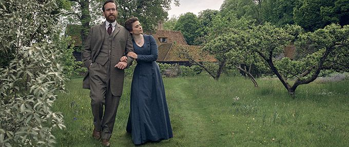 howards end, a netflix movie based on a book