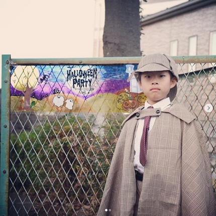 17 Literary Costumes That'll Be a Hit With All Your Bookish