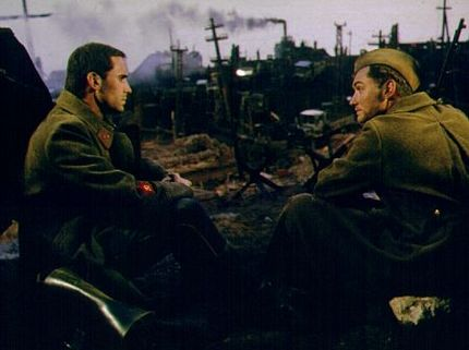 8 Books Behind Great War Movies